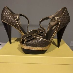 Never worn! 9.5 brown/gold high heel shoes